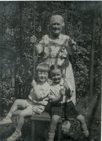 Jeanie McKay and her great grandchildren David and Sally Abercrombie at 343 Main Street c. 1955