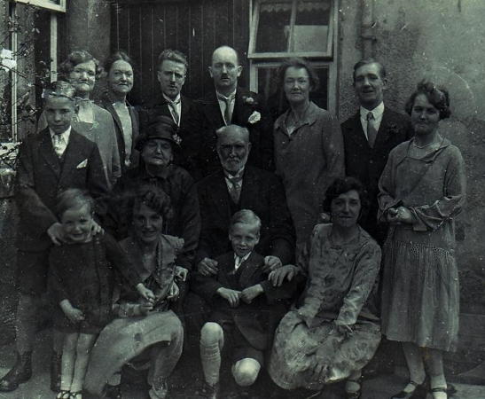 Abercrombie Family group (1927)