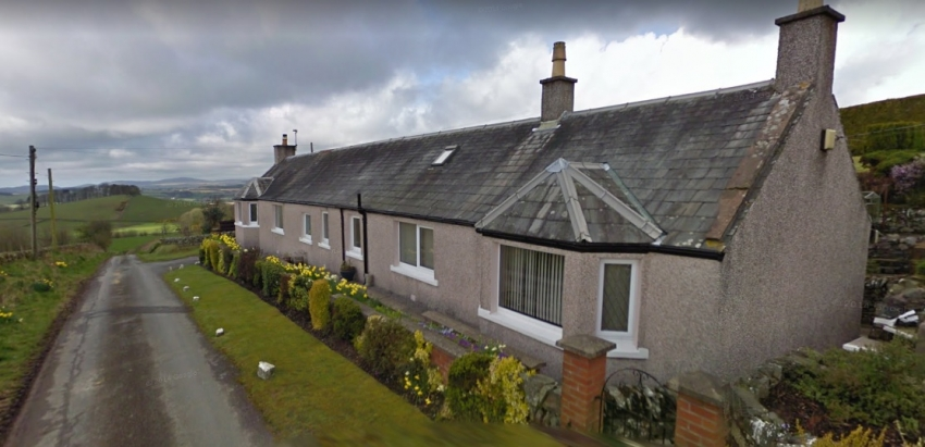 Modern view of the houses at Causeway Head, birthplace of Janet Clint (no longer thatched)