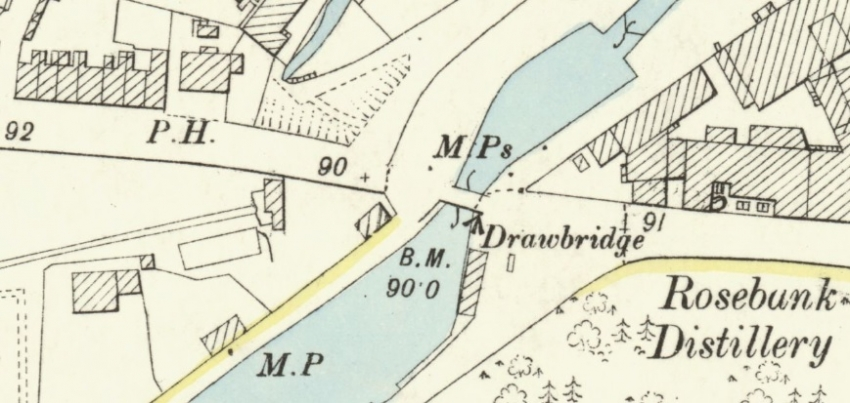 1896 Map showing Rosebank Buildings at top left. The public house was the Blue Bell Inn.