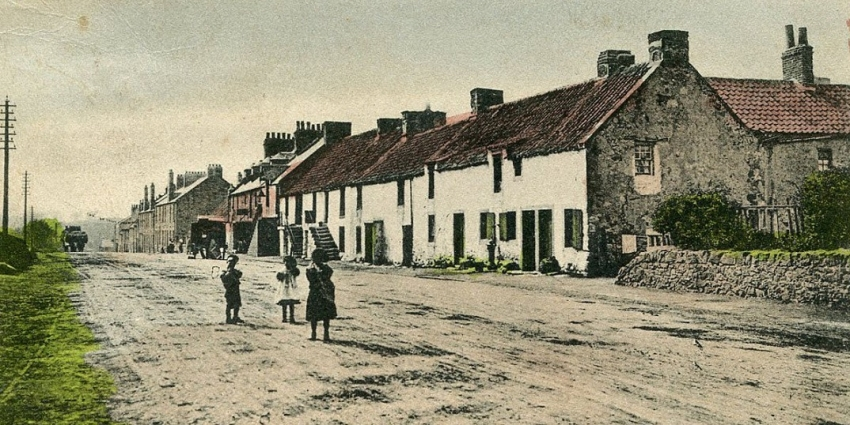 Linlithgow Bridge facing west c1900