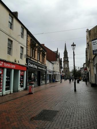 Modern-day photo of 56-60 High Street, Falkirk