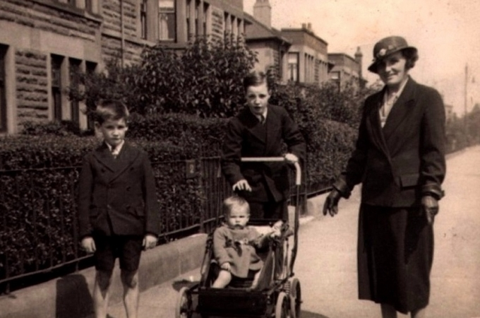 Bobby with his mother and brothers on Titwood Road c.1937